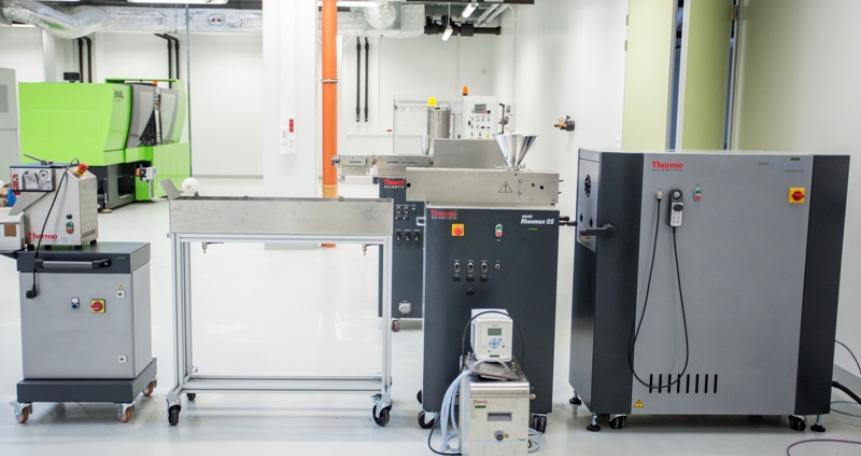 Modułowy zestaw urządzeń przetwórczo-pomiarowych do wytłaczania tworzyw termoplastycznych HAAKEPolyLab OS (Thermo Scientific)