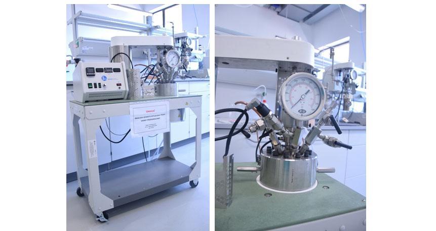 Zestaw reaktorów wysokociśnieniowych i wysokotemperaturowych