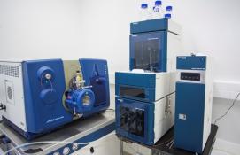 Spektrometr mas QTRAP (6500 System SelexION, AB Sciex)